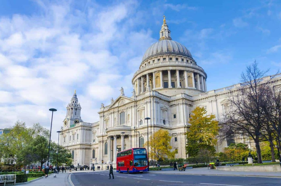 St Pauls Cathedral min