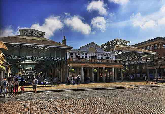 Covent Garden london a perfect place for shopping in London