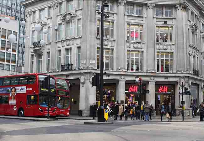What shops are on Oxford Street? Accessorize, Aldo, Bershka, BHS, Calzedonia, Carpis, Claire's, Clark, Debenhams, Dorothy Perkins, Dune, Dr. Martens, Foyles, Fossil, Evans, Gap, H&M, House of Fraser