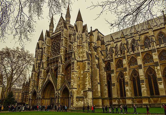 westminster-abbey-Walks in London