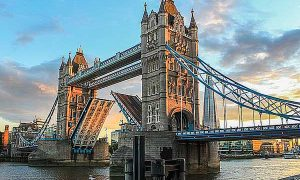 uktourcenter.com-Tower-bridge-London