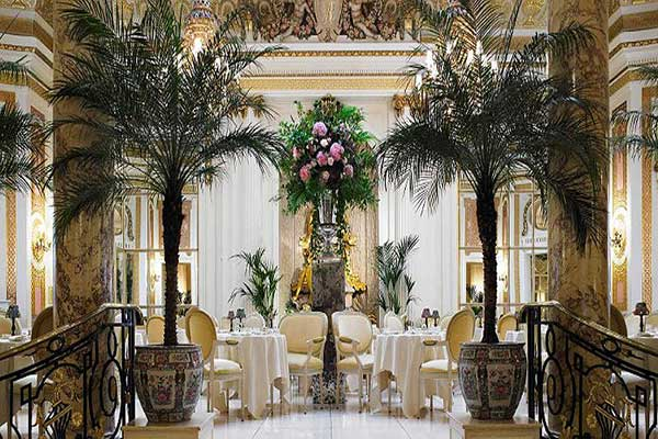 Traditional-Afternoon-Tea-at-The-Ritz