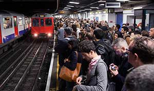 Getting-around-London-by-The-Tube