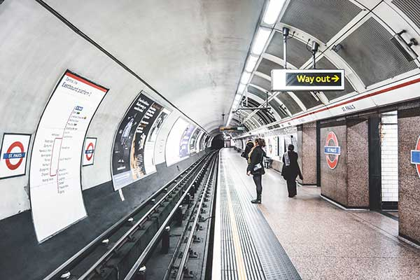 Getting-around-London-with-Underground